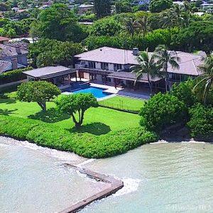 Oceanfront Luxury House in Aina Haina Beach